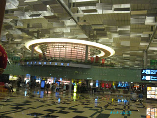 20101120airport5